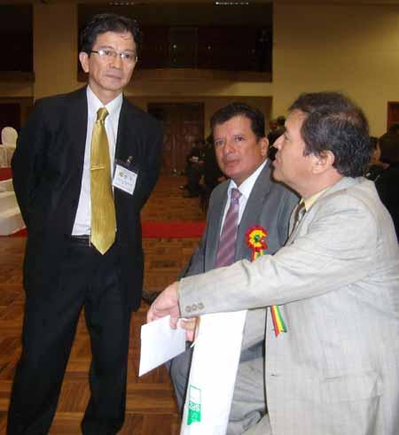 Alcalde, Angel Cosio y Dip. Nagakani