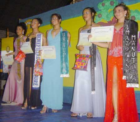 finalistas del Miss Castaña 2005 Bolivia