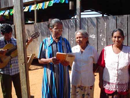 trío de señoras en Santa María