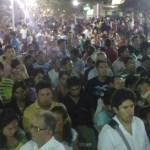 Multitud se congregó en la plaza